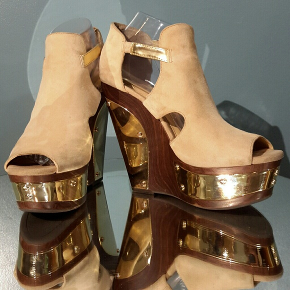 efd46d239fac Gianni Bini Shoes - Gianni Bini suede wedges with gold plated accents